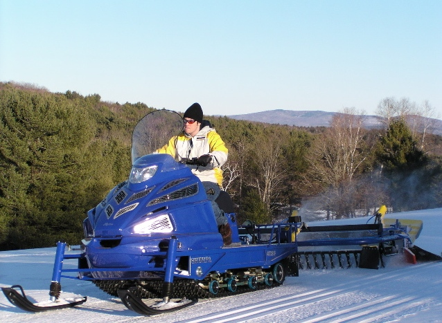Timms Hill National Trail Grooming - Alpina sherpa